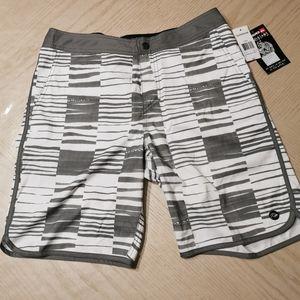 🌺2/$25🌺 NWT! Quiksilver Amphibians Topper Shorts
